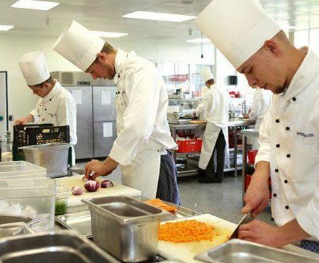 lavoro-cuoco-aiuto-cuoco-1.jpg